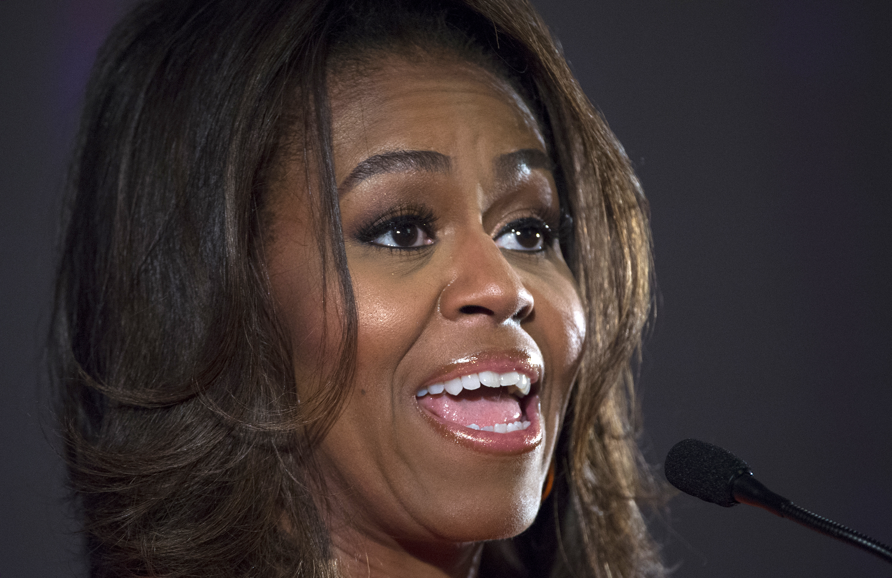 Michelle Obama Hairstylegalleries Com